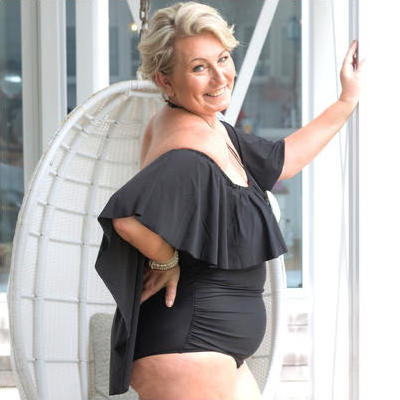 [Curvy Swimwear Black Bat Wing Off the Shoulder One Piece]